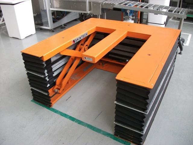 Mesas elevatórias hidraulicas
