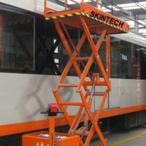 Plataforma elevatória de carga